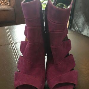 Authentic Giuseppe Zanotti Suede Purple Heel